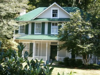 Chevy Chase project recoated with updated traditional green coating